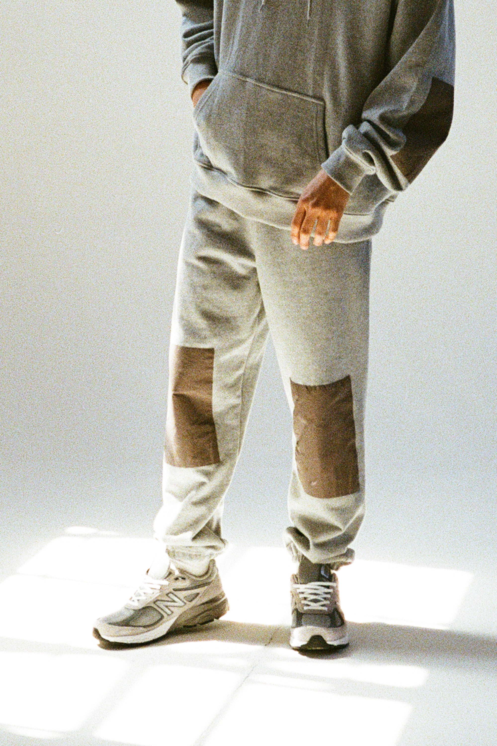 21SS GREY KNEEPATCH JOGGER PANTS(4계절버젼)